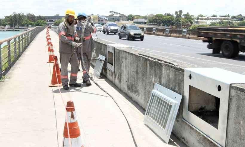 Instalação da nova iluminação da Lagoa da Pampulha entra na reta final