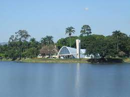 Como é o clima na Lagoa da Pampulha?